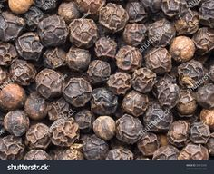 stock-photo-high-magnification-black-pepper-corn-macro-30872245.jpg (1500×1225)