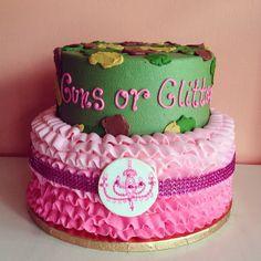 Guns or Glitter Gender Reveal Cake by 2tarts Bakery / New Braunfels, Texas / www.2tarts.com