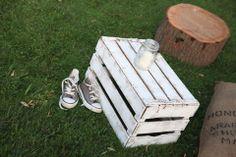 sedute + tavolini riutilizzati e reinventati