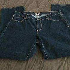 Jeans Super cute never worn old navy jeans. The flirt size 14 length is 30 Old Navy Jeans Boot Cut