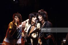 mick-jagger-ron-wood-and-keith-richards-of-the-rolling-stones-are-picture-id172504755 (1024×686)