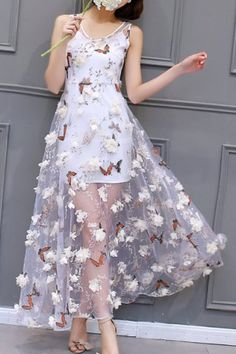 Charming Scoop Neck Sleeveless Butterflies Pattern Dress + Pure Color Sundress Twinset For Women