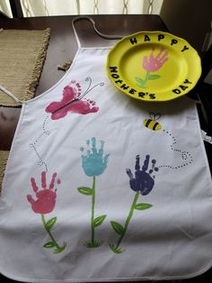 Mother's Day Handprint Flower Apron & Plate...so cute!