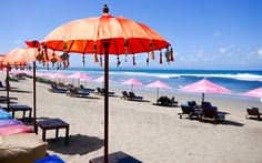 Seminyak Beach auf Bali © Gudrun Krinzinger Best Of Bali, Hotels, Strand, Patio, Beach, Outdoor Decor, Last Minute Vacation, Bali Holiday Deals, Exotic