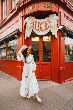 Dress MISS JUNE Paris by @sbri_diaries London Places, Sardinia, Diaries, Travel Tips, How To Memorize Things, June, Pretty, Instagram, Dresses