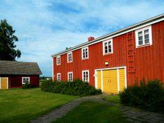 Old farm Hämes-Havunen, a feast place, food fair in September. Kauhajoki, South Ostrobothnia province of Western Finland. - Etelä-Pohjanmaa,
