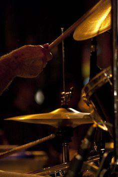 sympa fete de la musique       concert  Publié par www.studiopessinger.fr  sur 2010-06-26 10:30:56      Tagged:  , musique , batterie , symballe , concert  [ad_1]... http://musik3l.com/fete-de-la-musique-112/