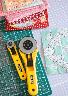 MessyJesse: Tips on Accurate Quilt Piecing