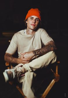 Justin Bieber Images, I Love Justin Bieber, Chill Style, Cafe Racer Bikes, Beautiful Men, Beautiful People, Fine Men, Zendaya, Hot Boys