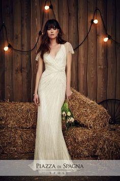 Wedding dress by Jenny Packham from the 2017 Bridal collection. Image courtesy of Jenny Packham. Jenny Packham Wedding Dresses, Jenny Packham Bridal, Spring 2017 Wedding Dresses, Bridal Dresses, Spring Wedding, Wedding Attire, Wedding Gowns, Jolie Lingerie, 2017 Bridal