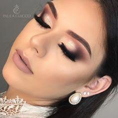 Amazing Wedding Makeup Tips – Makeup Design Ideas Wedding Makeup Tips, Bride Makeup, Wedding Hair And Makeup, Glam Makeup, Party Makeup, Eyeshadow Makeup, Eyeliner, Hair Makeup, Highlighter Makeup
