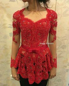 Kebaya Lace, Kebaya Brokat, Batik Kebaya, Dress Brokat, Kebaya Dress, Batik Dress, Lace Dress, Saree Jacket Designs, Blouse Designs