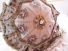 Roses and antique angel | | - umbrella embroidery antique British and French Eglantyne (Egurantinu)