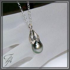 Silver Green Pearl Tahitian Pearl Saltwater Pearl Pendant