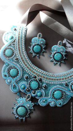 Комплект из колье и серег в технике сутажной вышивки и вышивки бисером. Handmade. #jewelry #soutage #beadwork #bead