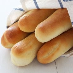 Olive Garden Copycat Breadsticks - so addicting!