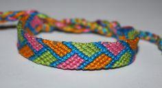 Makes a good feeling    Friendshipbracelet Armparty Arm party armcandy Freundschaftsbändchen Freundschaftsarmband Friendshipbracelets Colorful Colors Bracelet Bracelets DIY