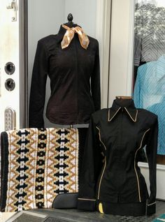 Show Diva Designs plain black tapestry jacket and a black plain fitted shirt with taupe piping and a matching oversize show pad. www.showdivadesigns.com