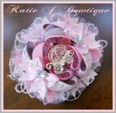 Sparkle Carriage -Pink Boutique Bow  www.facebook.com/katiejbowtique