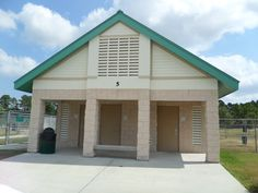 Pets may romp and play off-leash in the dog park at this Palm Bay facility, which also has restrooms, baseball fields, and concessions.