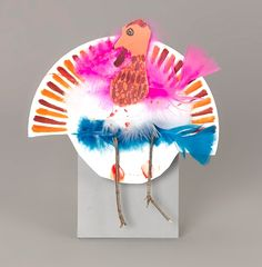 Fun Crafts Using Construction Paper Fun Crafts, Diy And Crafts, Crafts For Kids, Harvest Crafts, Construction Paper Crafts, Turkey Feathers, Feather Crafts, Thanksgiving Crafts, Fall Harvest