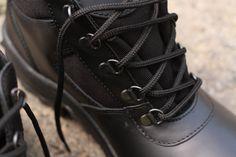Policajná obuv  značky ARTRA v čiernej farbe. http://www.armyoriginal.sk/2715/133490/policajna-obuv-archa-cierna-artra.html