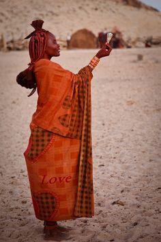 Africa |  Admiring ...Himba, Namibia. | ©Robert van Koesveld