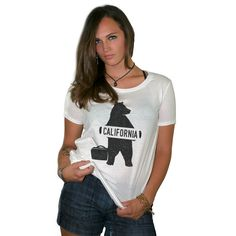 Hitchhiking Bear Women's Loose Fit Boyfriend T Shirt