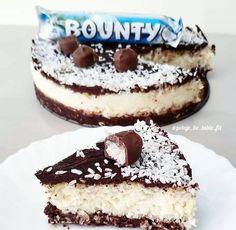 CIASTO FIT BOUNTY Cake Recipes, Dessert Recipes, Desserts, Healthy Sweets, Healthy Recipes, Cinnabon, Bagel, Tiramisu, Cheesecake