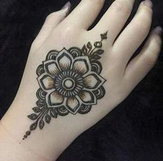 Easy Mehndi Designs, Henna Hand Designs, Latest Mehndi Designs, Bridal Mehndi Designs, Henna Flower Designs, Henna Tattoo Designs Simple, Mehndi Designs Finger, Mehndi Designs For Girls, Mehndi Designs For Beginners