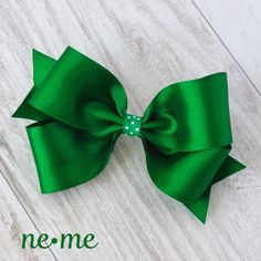 Green Hair Bow, School Uniform Hair Bow, Green Bow, Green School... ($5) ❤ liked on Polyvore featuring accessories, hair accessories, hair bows, green hair accessories, bow hair accessories and polka dot hair bow