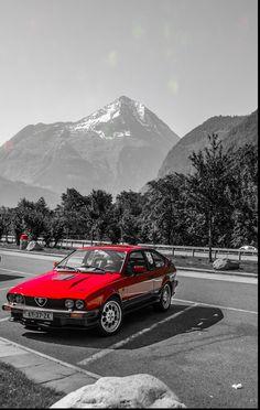 Alfa Gtv, Alfa Romeo Gtv, Alfa Romeo Cars, Dream Cars, Classic Cars, Motorcycles, Wheels, School, Italia