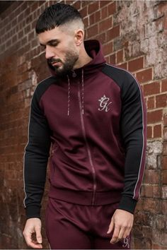 Reflective Poly Tracksuit Top #gymking Sports Tracksuits, Mens Outdoor Jackets, Tracksuit Tops, Casual Outfits, Fashion Outfits, Sporty Style, Sport Wear, Athletic Wear, Mens Clothing Styles