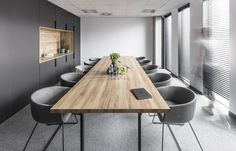 meeting space - meeting room - grey tones - office inspiration