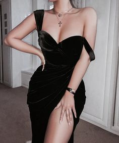 Simple Long Prom Dress With Slit School Dance Dress Fashion . Read more The post Simple Long Prom Dress With Slit School Dance Dress Fashion Winter Formal Dress … appeared first on How To Be Trendy. Winter Formal Dresses, Girls Formal Dresses, Elegant Dresses, Pretty Dresses, Wedding Dresses, Simple Dresses, Simple Long Dress, Summer Dresses, Summer Outfits