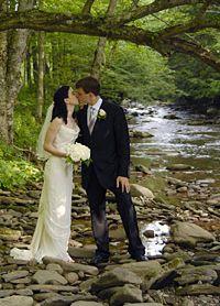 Full Moon Resort Weddings