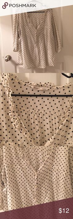 Old Navy 3/4 sleeve polka dot blouse Very cute! Perfect with skinny jeans and brown boots! Or dress it up with a black skirt and red lipstick! Very versatile and roomy fit! Old Navy Tops Blouses