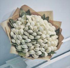 Fruit Flower Basket, Food Bouquet, Edible Bouquets, Secret Santa Gifts, Christmas Goodies, Business For Kids, Handmade Flowers, Paper Flowers, Flower Arrangements