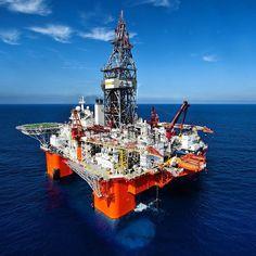 Realizada para Pemex en el Golfo de México #industrial #industrialdesign #drill #lamuralla #oil #petroleum #petroleo #explore #golfodemexico #aguasprofundas #offshorelife #offshore #mexico #perforacion #exploracion #plataforma #rig by ramoncastillof