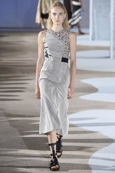 http://www.vogue.com/fashion-shows/spring-2016-ready-to-wear/cedric-charlier/slideshow/collection