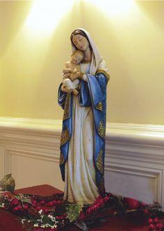 Madonna & Child makes a beautiful Christmas display!