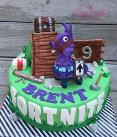 Fortnite taart gemaakt voor Brent 9th Birthday, Birthday Cake, Birthday Parties, Roblox Cake, My Jam, Cakes And More, Party Cakes, Fondant, Cake Decorating