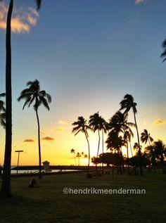 Sunset at Magic Island (Ala Moana beach park)