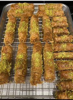 Cinnamon Baklava Rolls | Cleobuttera Baklava Dessert, Baklava Recipe, Dessert Recipes, Desserts, Greek Recipes, Food Videos, Asparagus, Cinnamon, Rolls