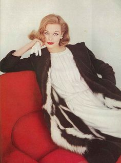 Monique Chevalier, October Vogue 1958