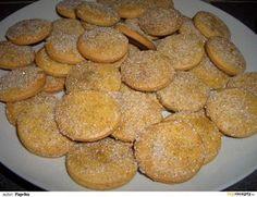 Medové kroužky Pretzel Bites, Cake Recipes, Muffin, Bread, Cookies, Breakfast, Christmas, Food, Flower