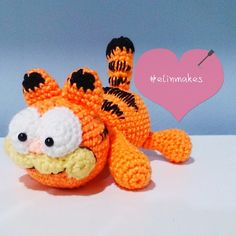 Garfield #amigurumi #crochet #garfield #cat #kitty #jimdavis #elinmakes #handmade #comic #cute #orange #instacrochet #yarnie