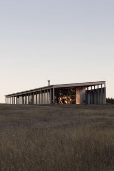 Image 24 of 37 from gallery of Springhill House / Lovell Burton Architects. Photograph by Benjamin Hosking Architecture Durable, Architecture Design, Traditional Sheds, Clad Home, Casas Containers, Shed Homes, Ground Floor Plan, House Design, House Styles