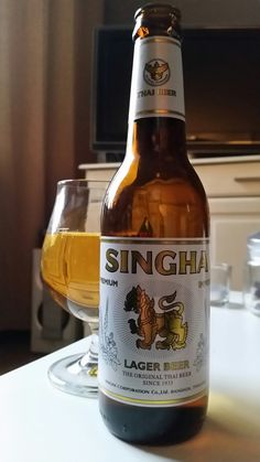 Beer, Singha~ Lagerbeer 5,0%vol 33cl