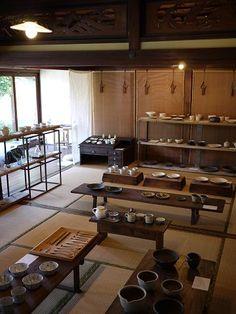 Japanese pottery shop2